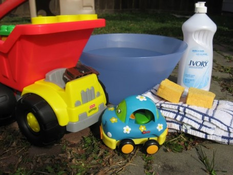 backyard toy wash