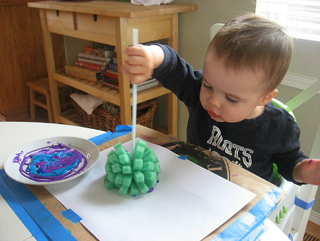 sponge printing for toddlers