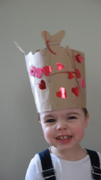 King of Hearts – Valentine Crown Craft
