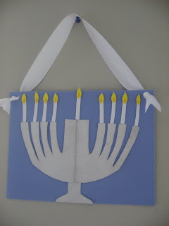 Hanukkah Crafts and Books!
