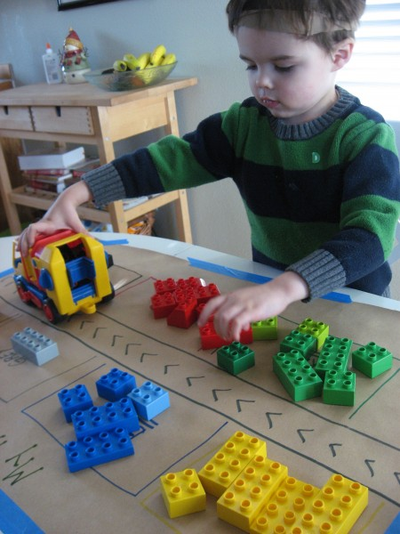 Table Top Toys For Preschoolers : Color sorting goes green no time for flash cards
