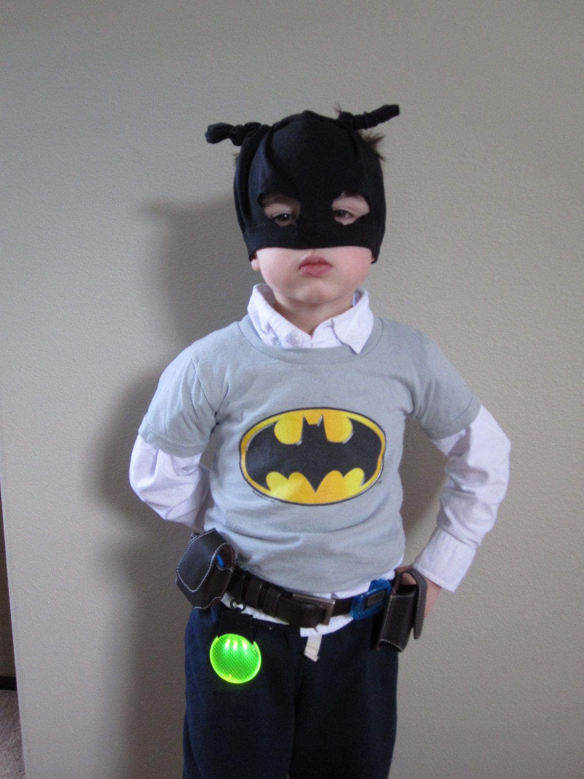 DIY Batman Belt and Mask & DIY Batman Belt and Mask - No Time For Flash Cards