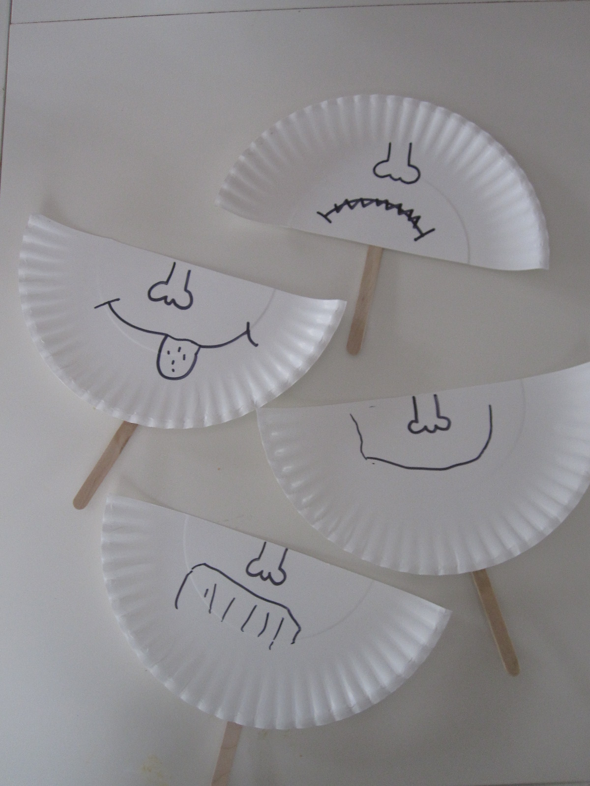 Paper plate emotion masks no time for flash cards for Emotion art projects