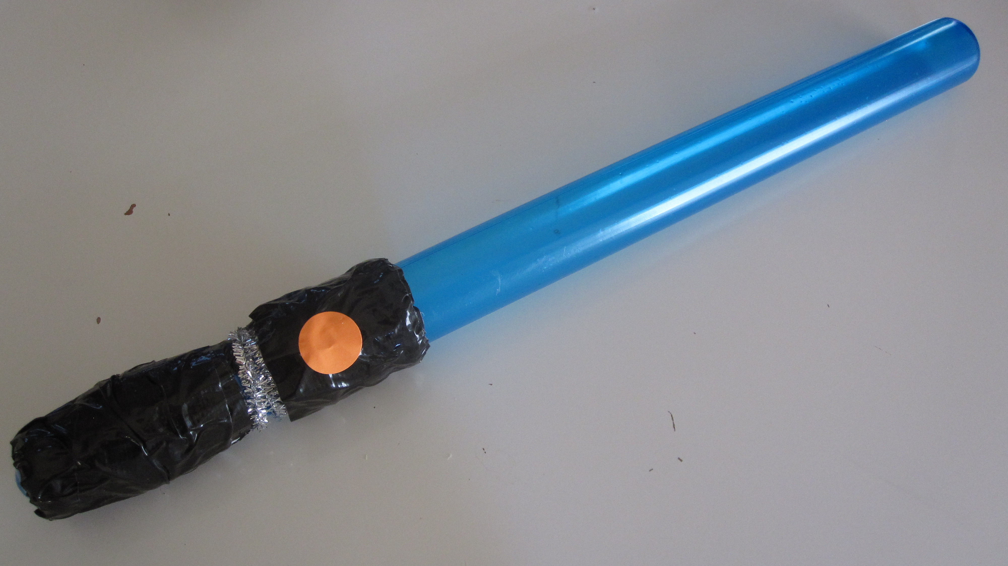Bubble Wand Lightsaber Craft - No Time For Flash Cards for How To Make A Lightsaber For Kids  575lpg