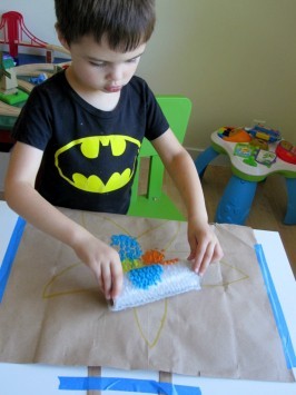 bubble wrap starfdish craft for kids