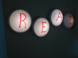 DIY Read Light Up Sign
