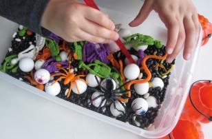 Preschooler Halloween Sensory Tub