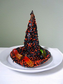witches hat halloween treat