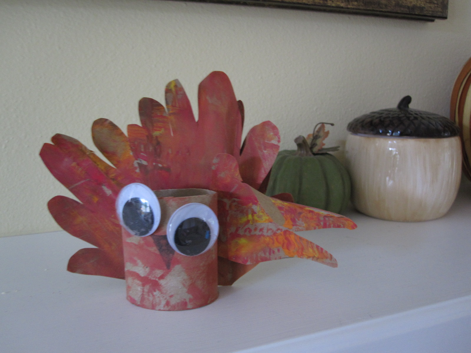 Handprint turkey craft for toddlers for Thanksgiving crafts for infants