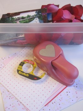 Valentine's Day Activity for Toddlers –  Discovery Box