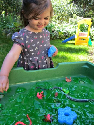 sensory tub ideas