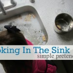 Cooking in the Sink – Sensory Pretend Play