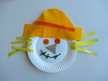 Paper plate scarecrow craft for Harvest crafts for kids
