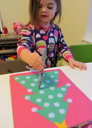 alphabet letter tree craft for kids