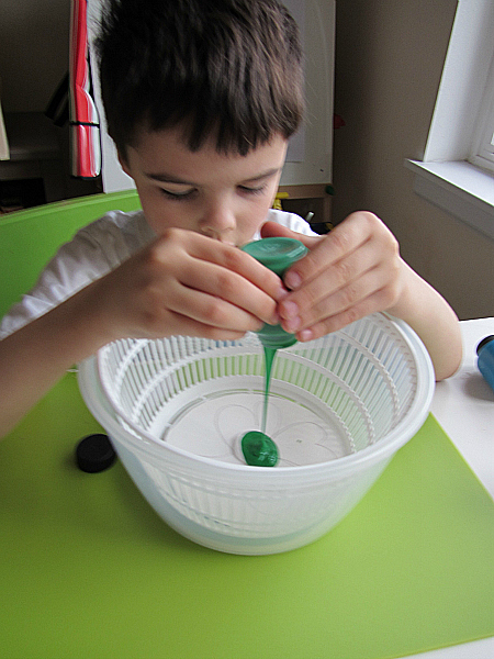 St.Patrick's Day Spin Art 00