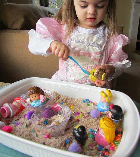 princess sensory tub 0