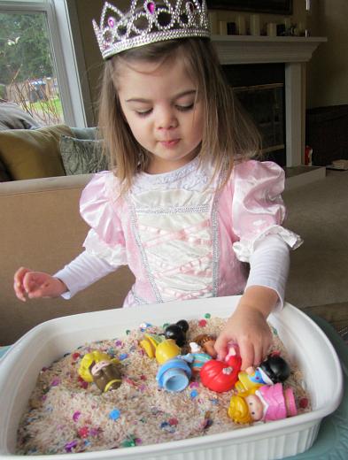 princess sensory tub 3
