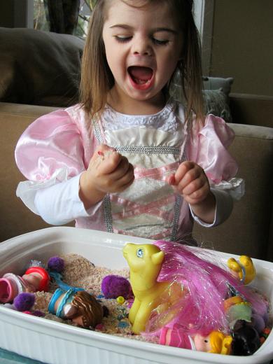 princess sensory tub 44
