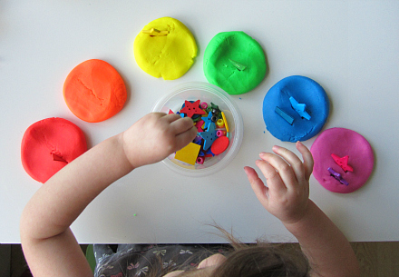 rainbow play dough color matching for toddlers