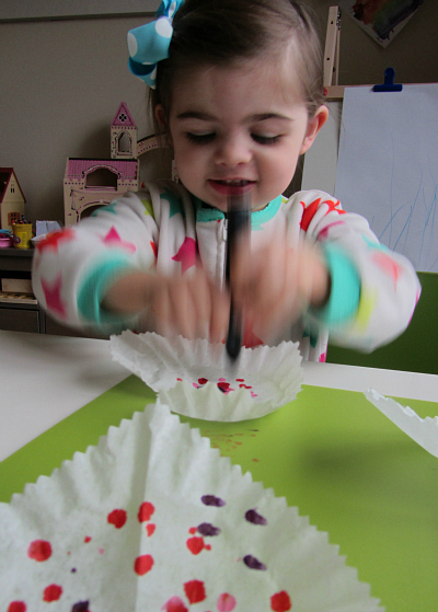 toddler heart craft for valentines day