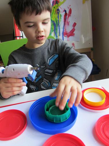 kandinsky lid art for kindergarten