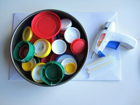 kandinsky recycled lid art