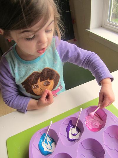 q-tip easter egg for preschool
