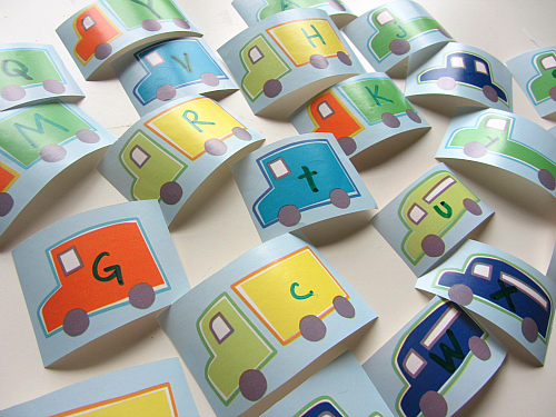 alphabet uppercase and lowercase sorting with car theme
