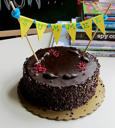last day of school 2 minute cake banner