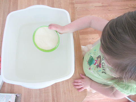 ocean sensory tub for kids