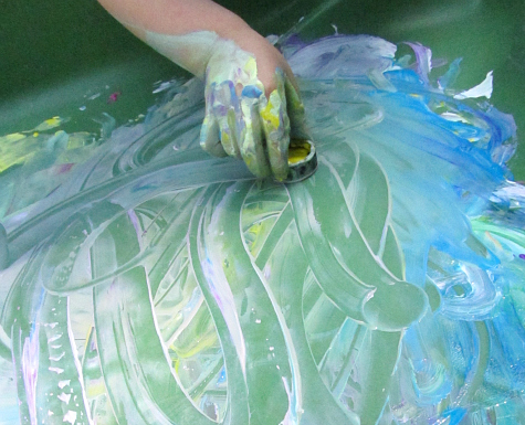 sensory tub water table painting
