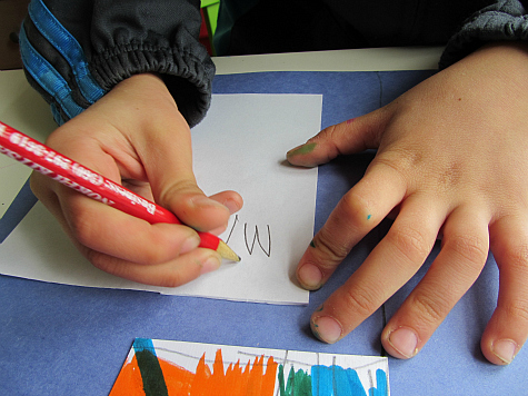 make your own flag kindergarten activity