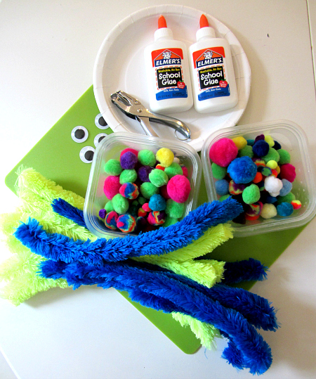 paper plate and pom pom octopus craft supplies