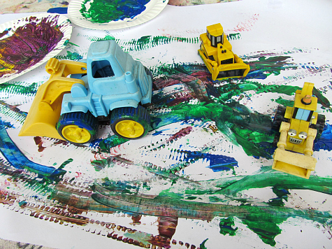 21 outdoor art projects for kids no time for flash cards for Car painting school