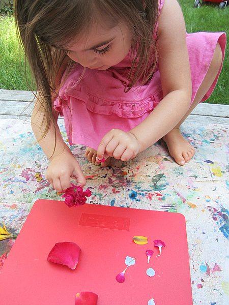 flower peatl place mat craft for kids