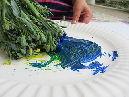 broccoli color mixing and painting for kids