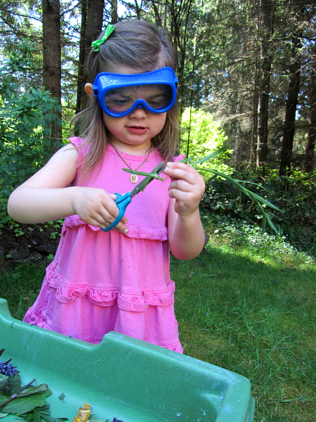 cutting into nature outdoor scissor skills