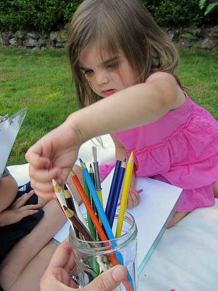 read and draw outside for kids