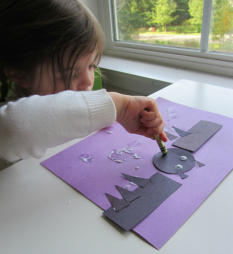bat shaped craft for halloween