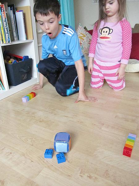 roll a rainbow game for preschool