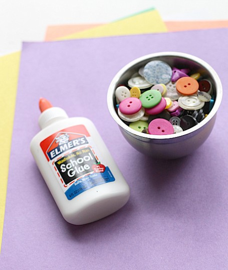 button letter craft