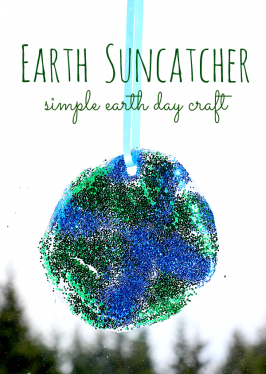 Simple Earth Suncatcher  – Earth Day Craft