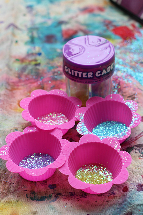 princess bubble bin glitter