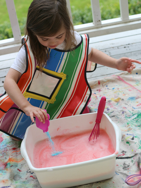 princess bubble bin glitter water play