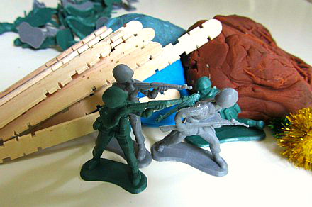 playdough-with-soldiers-