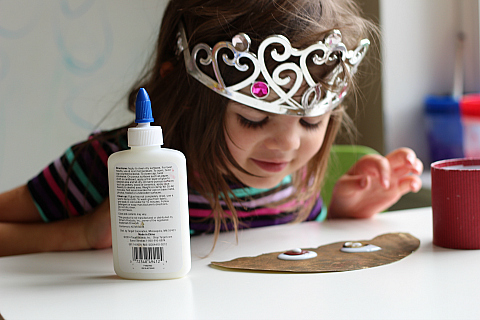 button acorn craft for kids