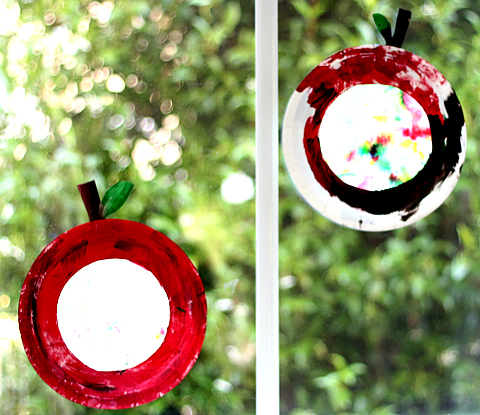 coffee filter and paper plate apple suncatcher craft for preschool