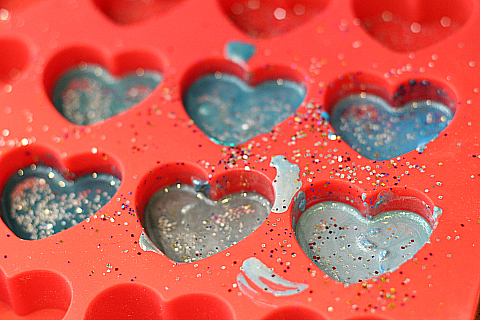 recycled frozen heart crayons for kids