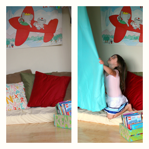 how to set up a book nook in yor playroom