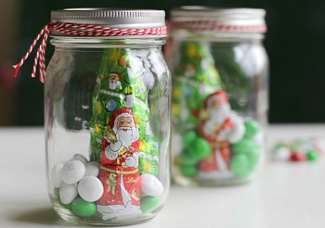 candy terrariums for chortsmas easy DIY gift